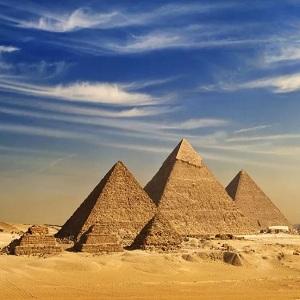 Египетские пирамиды — древние каменные сооружения