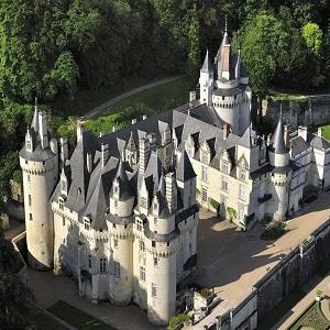 "Замок Юссе, Франция – дворец ""Спящей красавицы"""