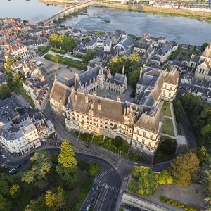 Замок Блуа – один из крупных в Луару, история, описание