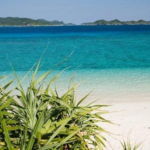 Поездка на Окинаву, Япония, отдых на пляже Акадзима